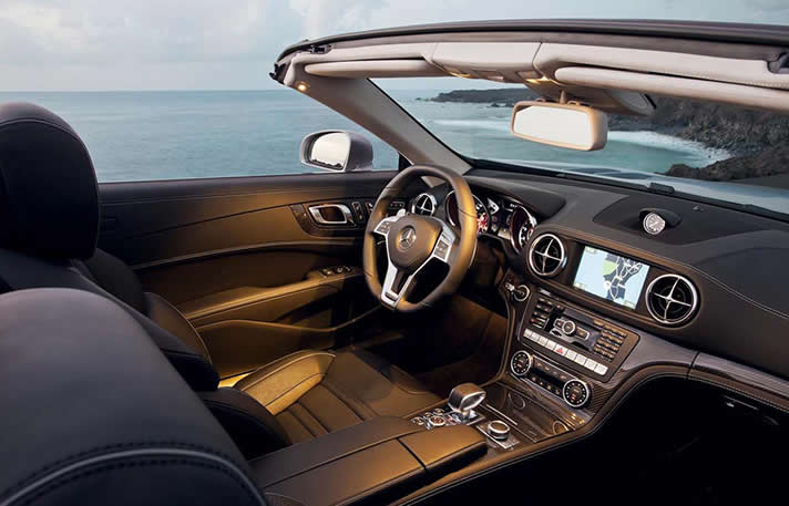 Mercedes SL63 AMG inside
