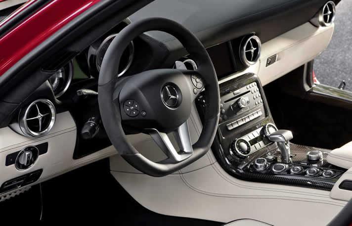 Mercedes SLS AMG inside